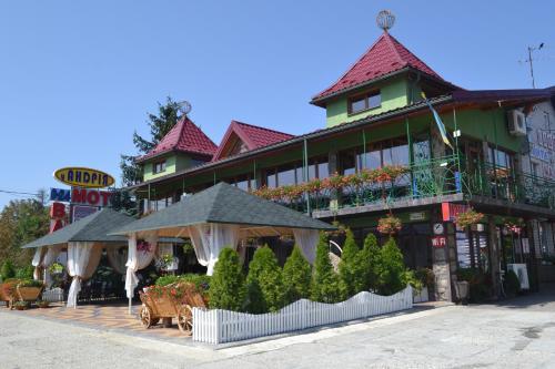 . Motel U Andriya