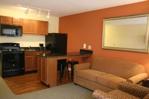 Affordable Suites Mooresville