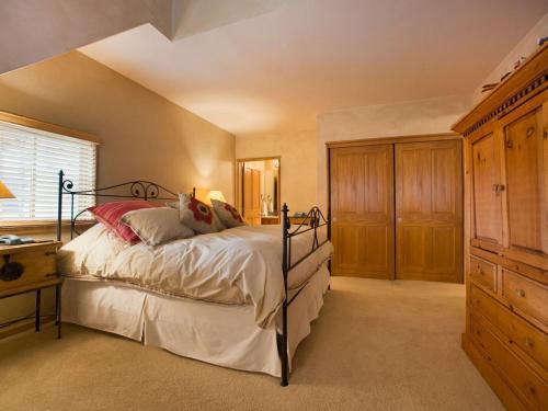 Jackpine Lodge 8011 - Keystone, CO 80435