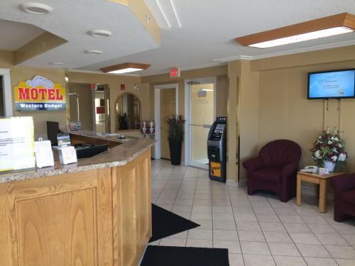 . Western Budget Motel #1 & 2 Whitecourt