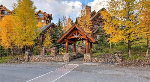 See Forever 102 - Telluride, CO 81435