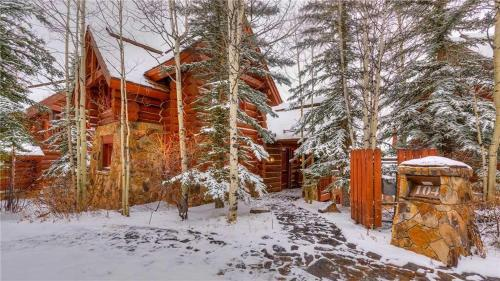 See Forever 104 - Telluride, CO 81435
