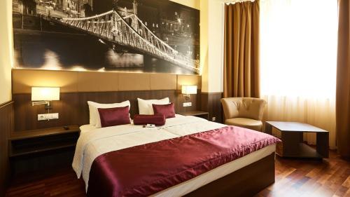 12 Revay Hotel, Hotel in Budapest