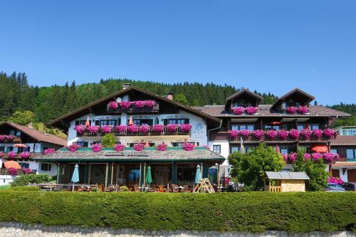 . Seehotel Hartung & Ferienappartements