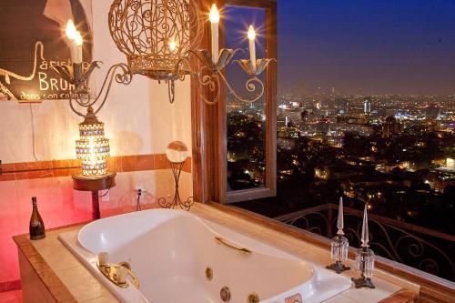 Design Masterpiece - Los Angeles, CA 90068