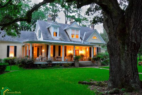 Clermont Bluffs Bed And Breakfast