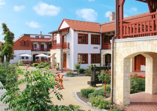 . Magita Hotel