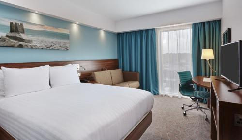 Hampton by Hilton Bournemouth in Bournemouth