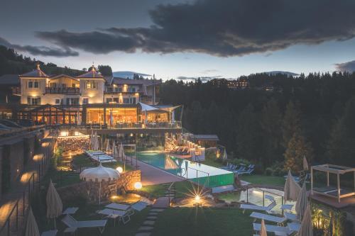 Hotel Albion Mountain Spa Resort Dolomites St. Ulrich