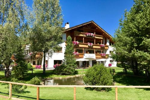 Hotel Arnaria St. Ulrich
