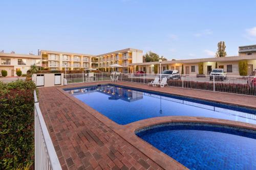 Queanbeyan Hotels