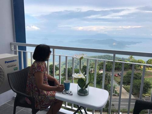 . Taal View Condo by Liza