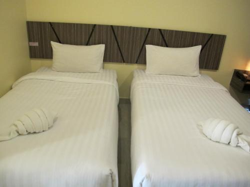 Superior Double Room - Round Trip Airport Transfer