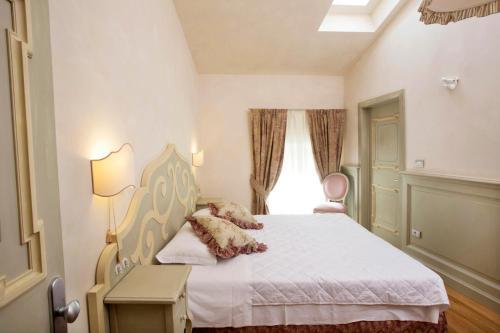 Accommodation in Isera