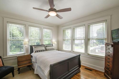 Belmont Blvd Bed And Breakfast - Nashville, TN 37212