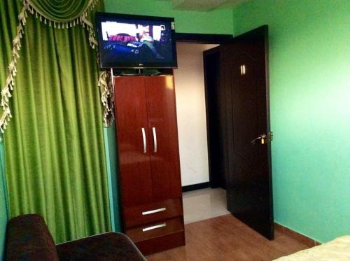 . Hotel Beirut Oruro