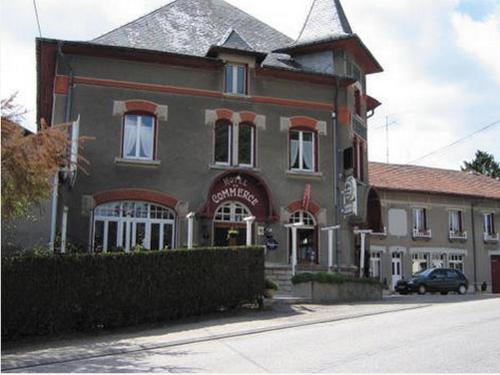 . Hôtel-Restaurant du Commerce