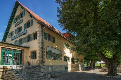 . Gastwirtschaft & Hotel Hallescher Anger