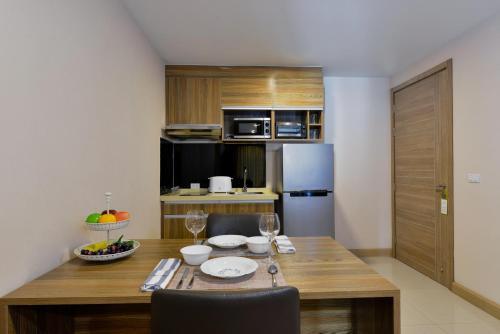 Ten Ekamai Suites by Aspira photo 23
