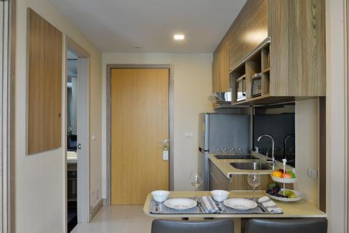 Ten Ekamai Suites by Aspira photo 39