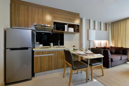 Ten Ekamai Suites by Aspira photo 47