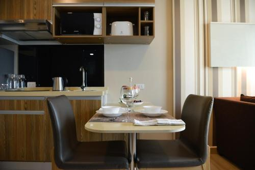Ten Ekamai Suites by Aspira photo 52