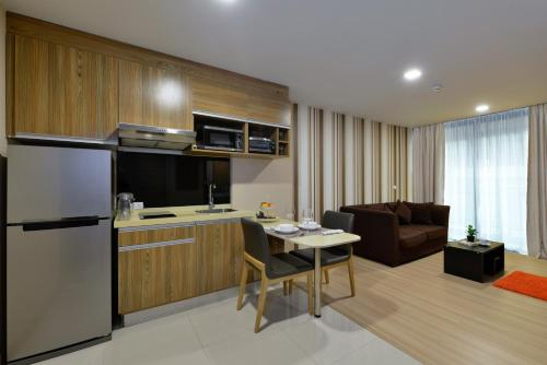 Ten Ekamai Suites by Aspira photo 63