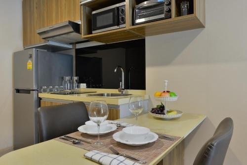 Ten Ekamai Suites by Aspira photo 66
