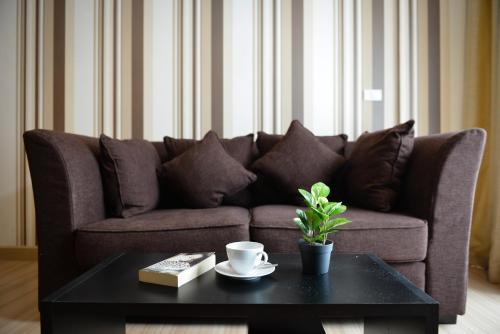 Ten Ekamai Suites by Aspira photo 67