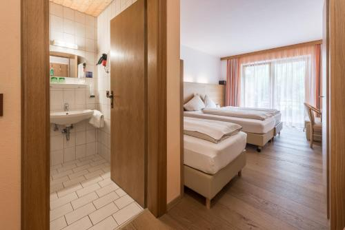 Triple Room with Balcony or Terrace