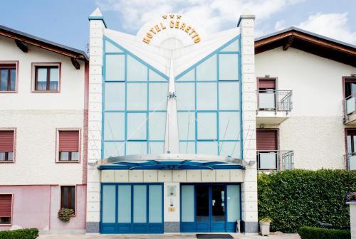 . Hotel Ceretto