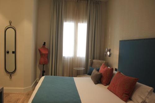 Double Room - single occupancy Hotel Palacete de Alamos 19