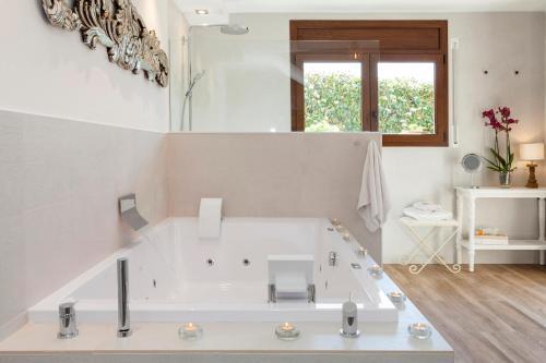 Suite con piscina privada El Racó de Madremanya - Adults only 42