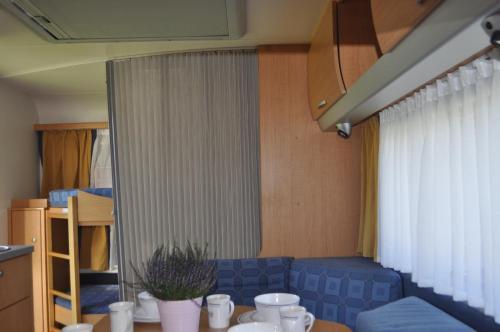 Hotel-overnachting met je hond in Nowoczesne przyczepy kempingowe Chałupy Royal-Camp - Cha?upy