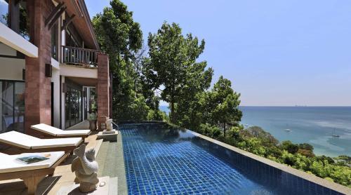 99 Moo 5, Ba Kan Tiang Beach Koh Lanta, Krabi 81150, Thailand.