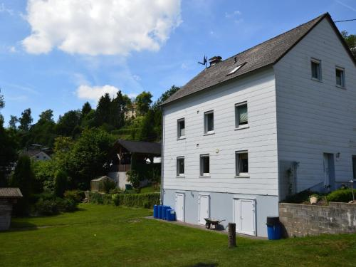. Charming Apartment in Waxweiler with Sauna
