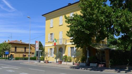 Mastroianni's Bed & Bistrò - Parma