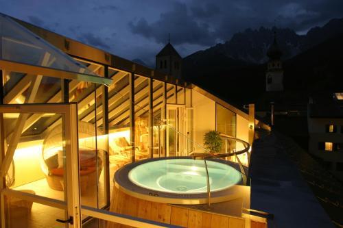 Hotel Cavallino Bianco - Weisses Roessl Vierschach bei Innichen