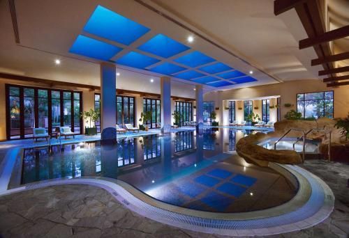 Grand Hyatt Dubai - Photo 4 of 46