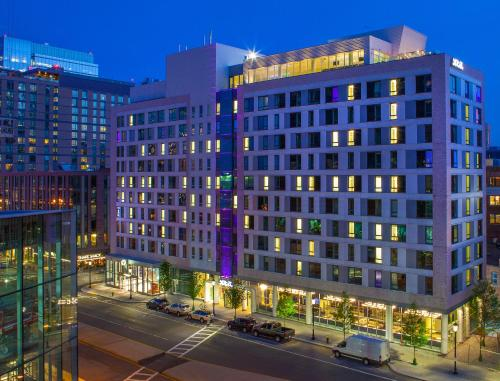 YOTEL Boston - Hotel