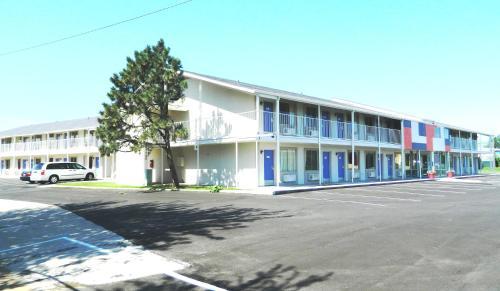 Motel 6 Oklahoma City - Airport East - Oklahoma City, OK 73159