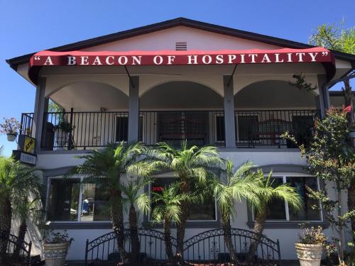 Harbor Inn & Suites Oceanside - Oceanside, CA CA 92054