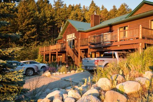 Two Bears Inn Bed & Breakfast - Accommodation - Red Lodge Mountain