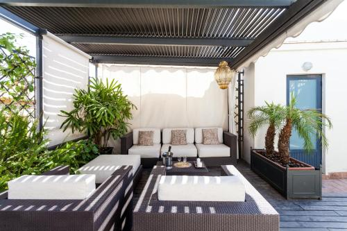 . City Rooftop Paradise - Space Maison Apartments