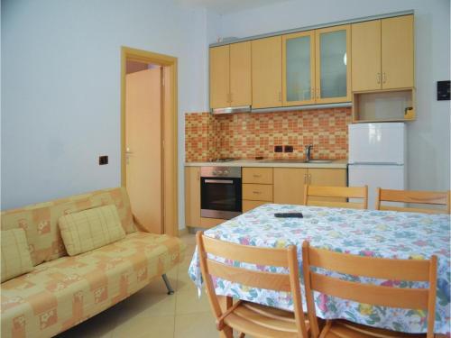 Apartment Qeparo 30
