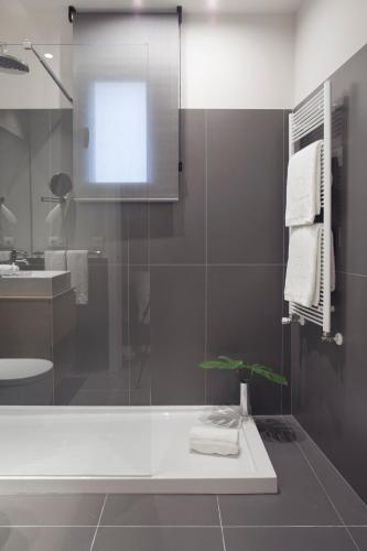 Casagrand Luxury Suites photo 70