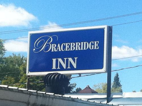. Bracebridge Inn