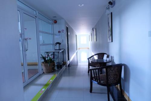 Siri Sothorn Apartment photo 4