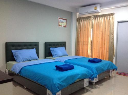 Siri Sothorn Apartment photo 14