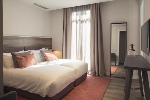 Casagrand Luxury Suites photo 77
